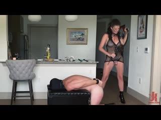 KinkyBites - Kendall Penny - Bury Your Face Into My Goddess Hole_July 20, 2020_720p