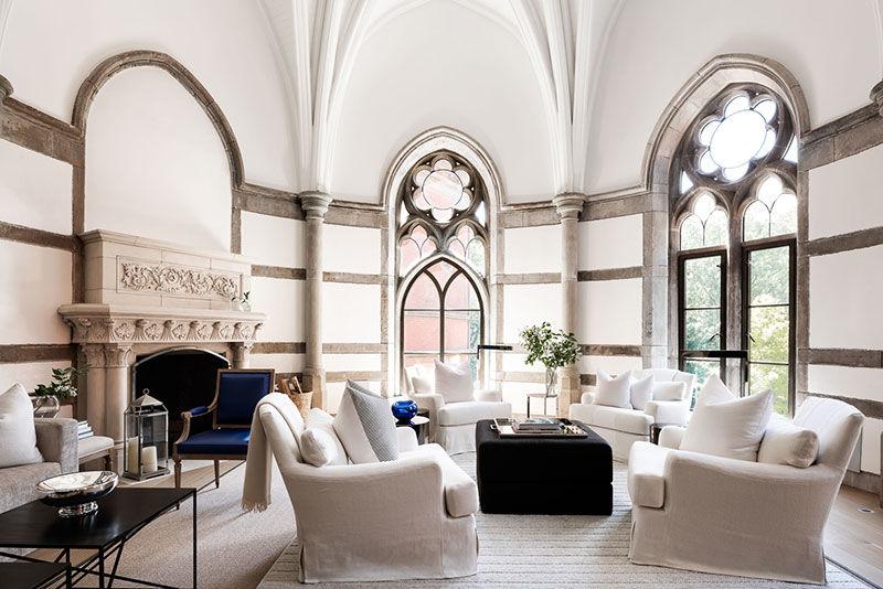 Удивительная квартира в готическом здании рядом с Центральным Парком в Нью-Йорке     01