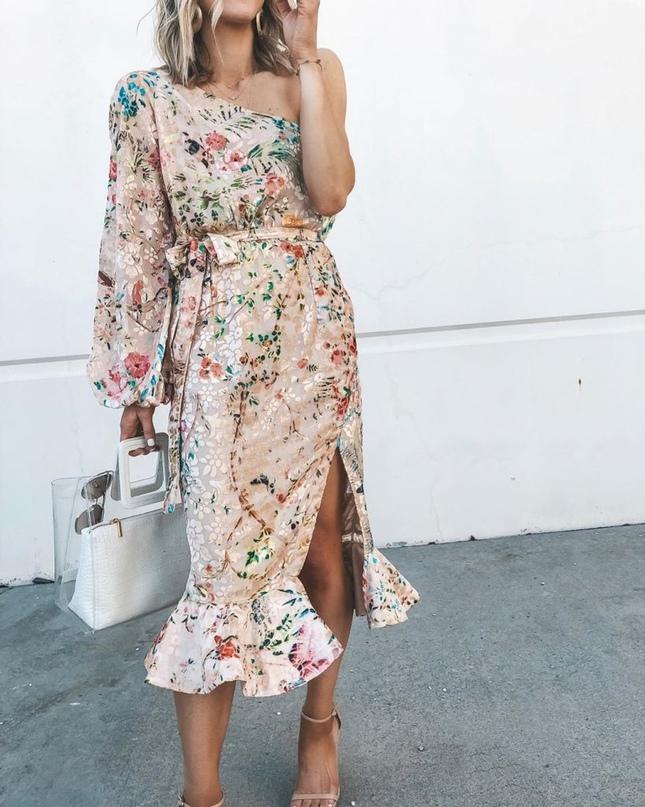Прекрасные платья на лето