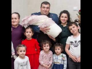 Женщина попала в книгу рекордов России, потому что рожала девять лет подряд