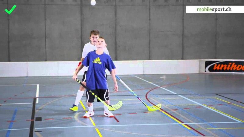 Korrekte Ballannahme / Contrôle correct de la balle / Controllo di palla correto