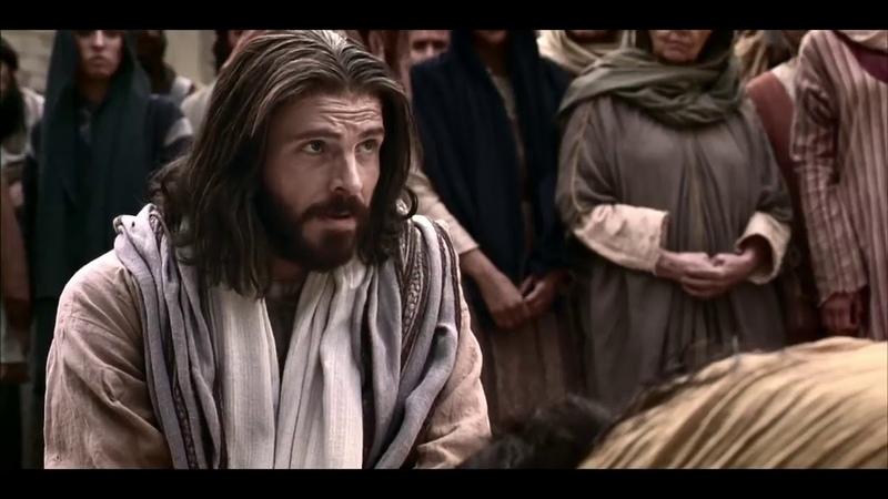 Тот кто без греха среди вас пусть сначала бросит камень в нее