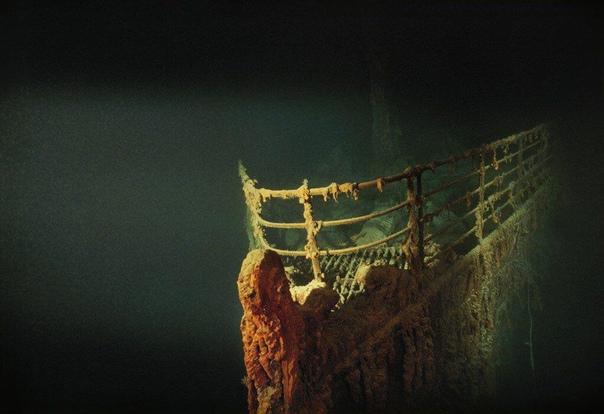 Нос легендарного «Титаника» на дне Атлантики.
