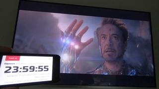 Happy New Year 2021 / Avengers / Tony Stark Snap