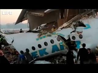Самолёт авиакомпании Bek Air рухнул в Казахстане