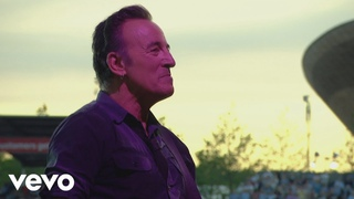 Bruce Springsteen - I'm Goin' Down (from Born In The . Live: London 2013)