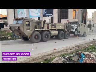 Cisjordanie: les combattants prennent d'assaut les blindés israéliens!
