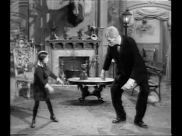 Танец Венcди и Ларча The Wednesday Dance Семейка Аддамс