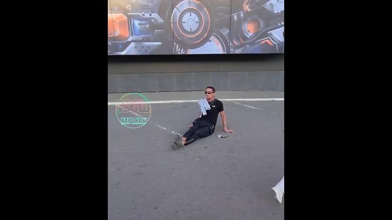 Житель Харькова понял жизнь и больше не спешит