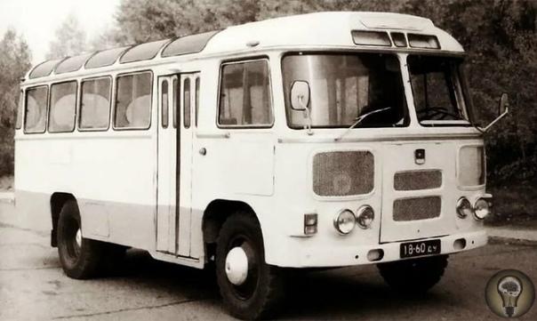 Советский автобус нашего детства