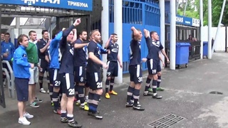 Команда благодарит болельщиков после матча «Сатурн» - «Химки» - 3:0