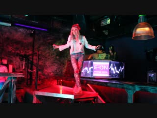 Polina Queen - Song 1 - New Year J-Rock Party