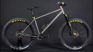 Кастомный титановый 27.5+ велосипед Тритон на трансмиссии Pinion