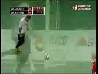 Neveroyatnyi gol v minifutbole Falqkao