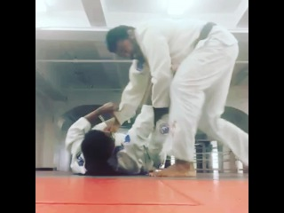 GracieCarvalho on Instagram: I'm in love with my new sport!!! My coach @rafaelsaponatal @UFC fighter and black belt couldn't pass my guard hahaha thanks coach for the