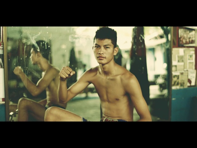 Muay Thai Boxing in Bangkok Fears Dreams of Young Boxers