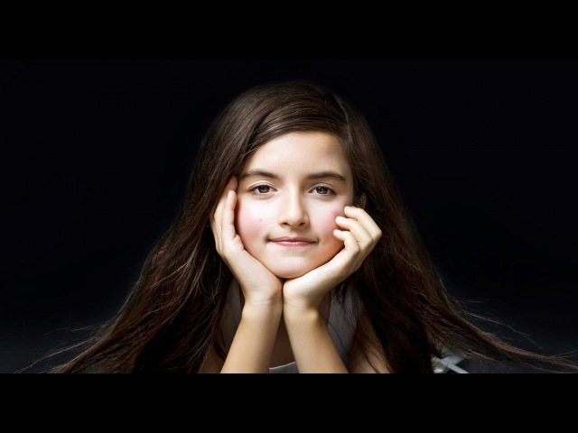 ANGELINA JORDAN - The voice of The Angel of the feet barefooted (All videos)