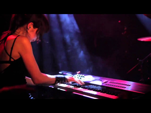 VIGGIE VIKA Live in Iceland TOXICITY System Of A Down 5 10