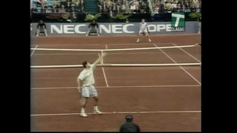 Sampras Kafelnikov 1995 Great shots 1 Great clay court tennis