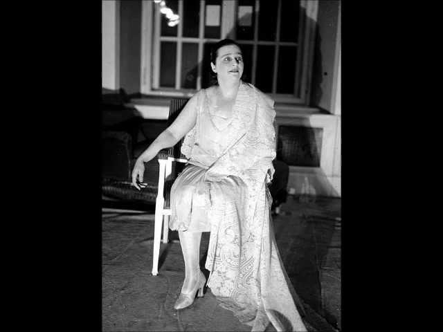 Xenia Belmas sopr Was I not a little blade of grass Opus 47 no 7 Tchaikovski Polydor 1929