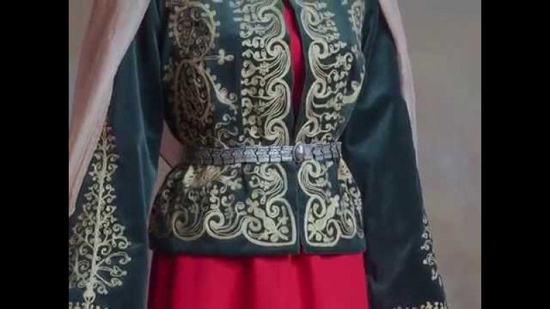 Armenian traditional garments Teryan cultural centre Taraz Տարազ Տերյան կենտրոն