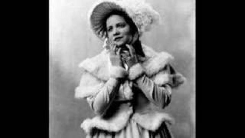 Bidu Sayão in La Traviata