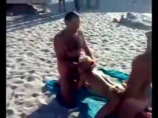 порно видео изнасилование на пляже