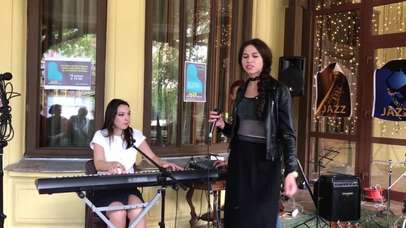 IRINAGREEN в гостях у МИКЦ Особняк купца Носова OPEN AIR Разноцветный джаз 2017