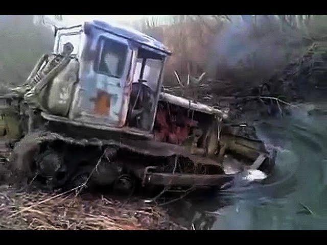 Трактора Т 74 месят грязь на бездорожье Каждый гусеничный трактор мечтает стать танком Подборка