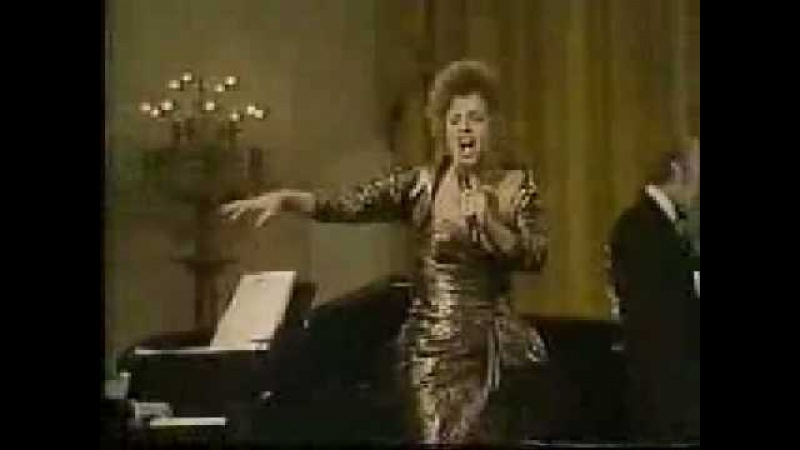 Patti LuPone Blow Gabriel Blow from Anything Goes in concert