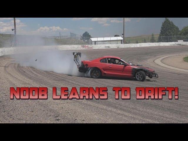 N00B learns to drift a 95 Mustang 4K