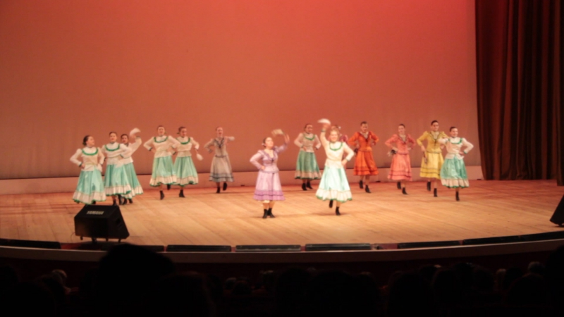Ставропольский казачий танец Товарки ансамбля Юность отчетный концерт 2017 года