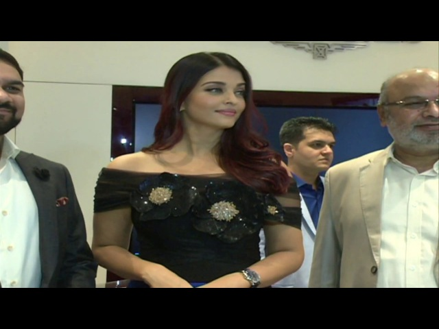 Aishwarya Rai Bachan Spotted in Bangalore 2017 for Longines Store