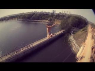НЕВЕРOЯТНЫЙ ЭРИК МУХAМЕТШИН, безбашенные прыжки в воду and parkour