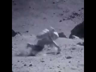 Physics & Astronomy Zone - Great footage of walk on the Moon
