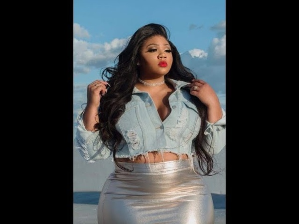 EXTRA PLUS SIZE Kamora Owens A HOT TRIBUTE