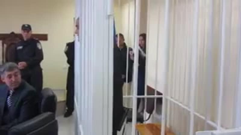 моджахед угрожает белым воротничкам на Украине (240p).mp4