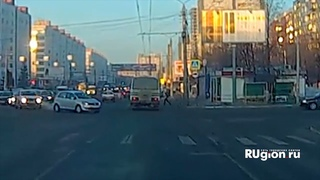 Школьника сбил автобус