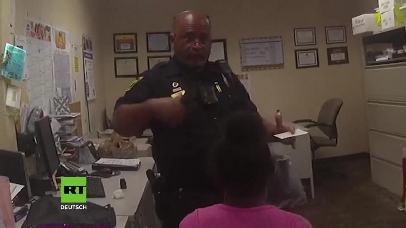 USA Polizist tasert 11 Jährige Süße ich will so etwas auch nicht aber du bist weggelaufen nicht aufregen