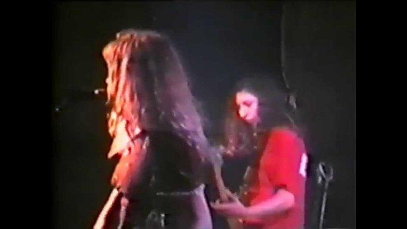 Babes in Toyland - 9-30 Club (Washington 1992)(DHV 2011)