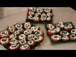 Баклажанная закуска  Жареные баклажаны с помидорами и чесноком360px