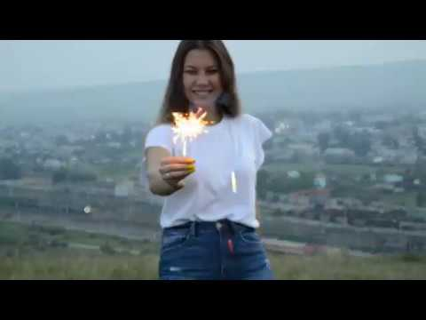 Damien Sargue Un jour video Olesya Honest