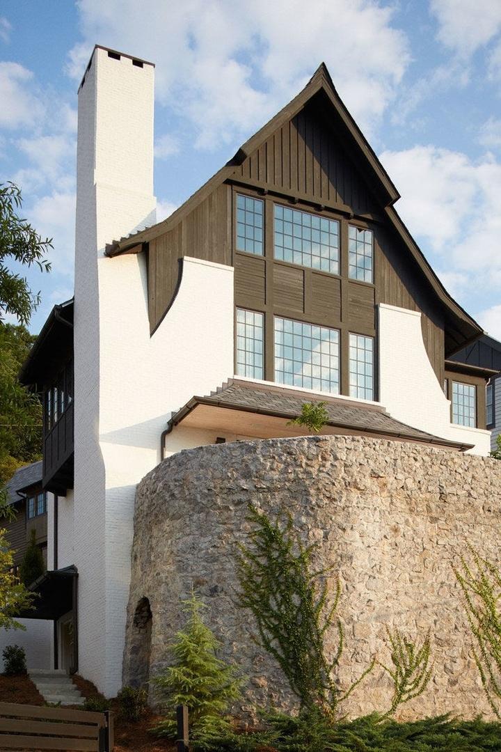 Необычная архитектура и интерьеры с характером: дом в Алабаме