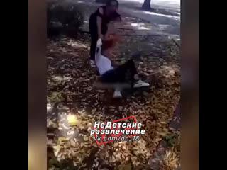 Под Симферополем девочка избила сверстницу из зависти!