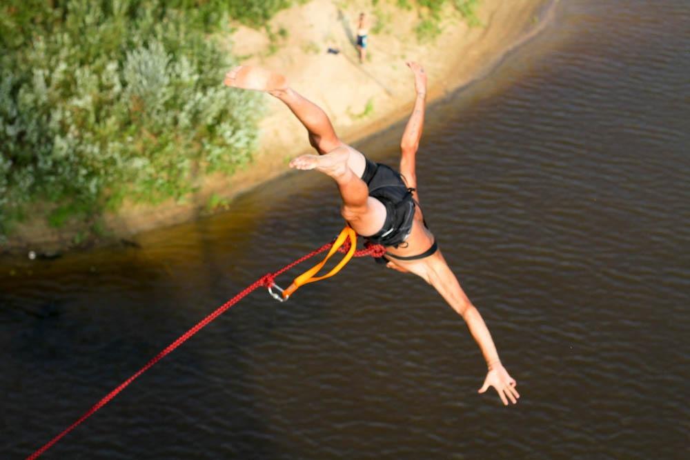 Афиша Нижний Новгород с 21 по 23 августа/ Прыжки с верёвкой / Ветлуга