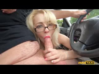 April Paisley, Sarah Slave - The Double Tongue Rimjob [FakeHub] Blowjob, Threesome, MILF, Teen