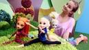Куклы Монстер Хай и Рапунцель занимаются гимнастикой. Игры одевалки.