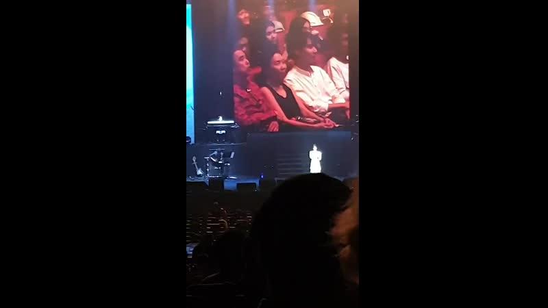 [FANCAM] 191207 @ IU - Обещание на концерте <LOVE, POEM> в Сингапуре (cr: jie4n)