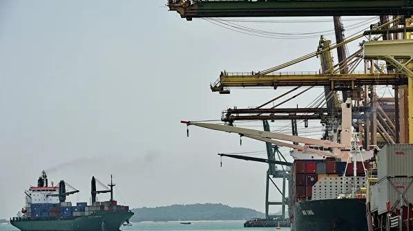 В Сингапуре арестовали попавший под санкции США российский корабль