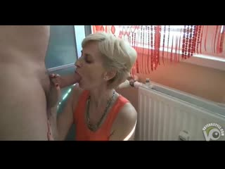 Mature_has_her_pussy_as_tight_as_a_18yo_girl-nashobmen.org